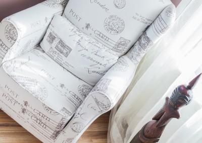 fotelja Beržera darijana 2 po meri i želji u različitim kvalitetima punjenja i materijala