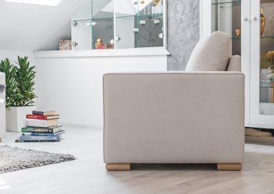 Garnitura Milica ležaj na razvlačenje, fotelja, tabure