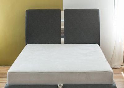 Francuski ležaj VI proizvodimo po meri i po želji sa žičanim jegrom ili sunđerom u različitim kvalitetima punjenja i materiajala, krevet za udobno spavanje