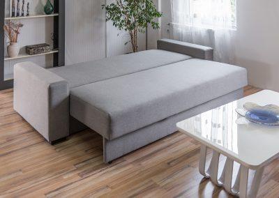 Ležaj grof srećko po meri i po želji  sa sistemom razvlačenja za svakodnevno sedenje i spavanje, sa žičanim jezgrom i kutijom za posteljinu