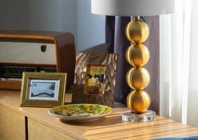 Lampa zlatne kugle